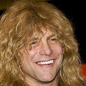 Steven Adler worth