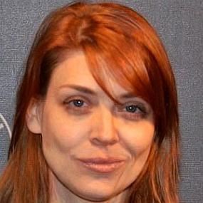 Amber Benson worth