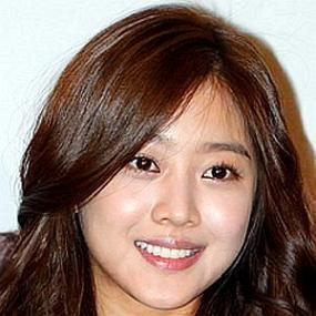 Jo Bo Ah worth