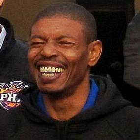 Muggsy Bogues worth