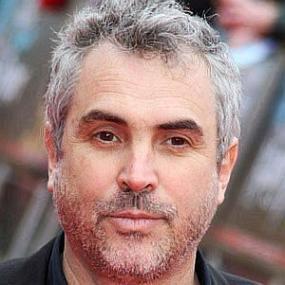 Alfonso Cuaron worth