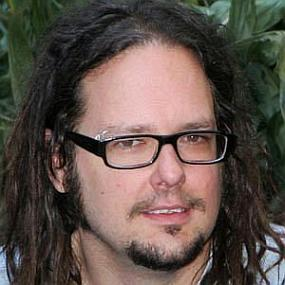 Jonathan Davis worth