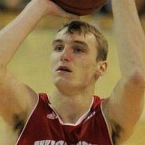 Sam Dekker worth