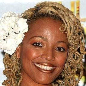 Kim Fields worth