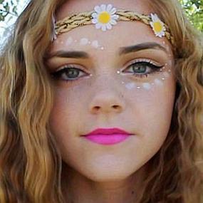 LaurenMae16 worth