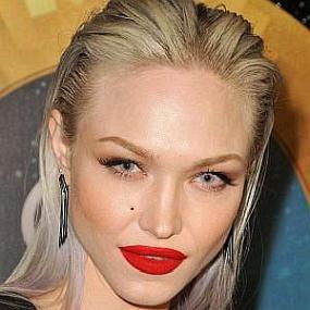 Ivy Levan worth