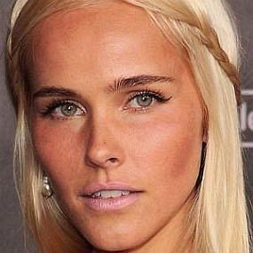 Isabel Lucas worth