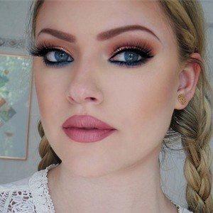 Makeup by Myrna worth
