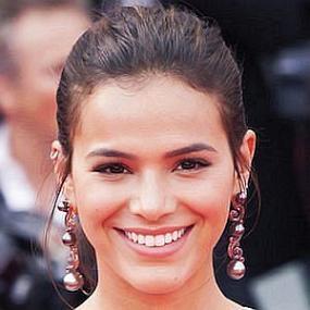 Bruna Marquezine worth
