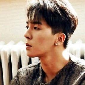 Song Min-ho worth