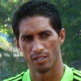 Cristian Mora worth