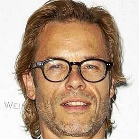 height of Guy Pearce