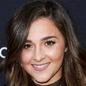 Alisan Porter worth