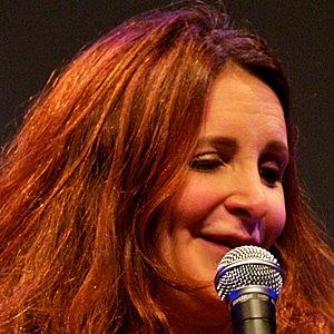 height of Lucy Porter