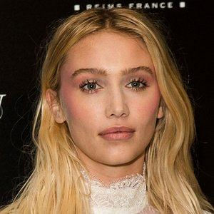 height of Cailin Russo