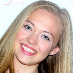 Lauren Taylor worth