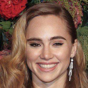 Suki Waterhouse worth