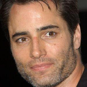 height of Victor Webster